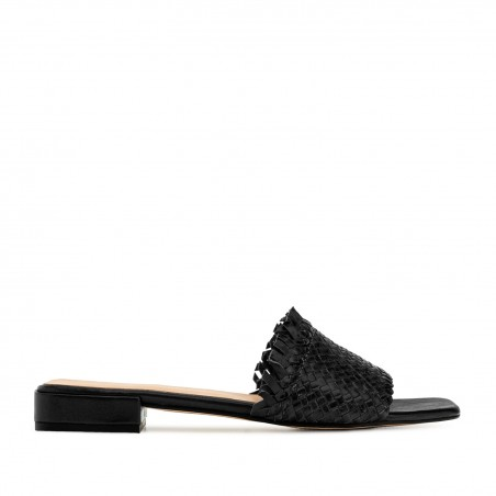 Braided Mules in Black Leather