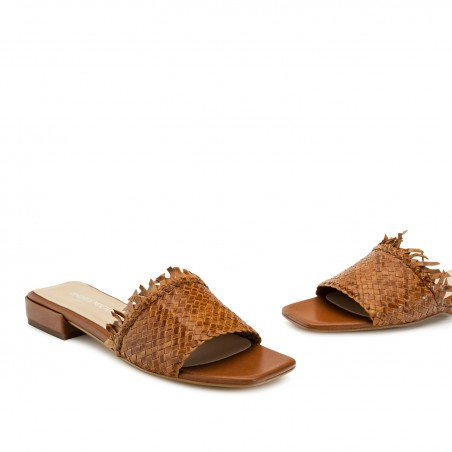 Braided Mules in Tan Leather