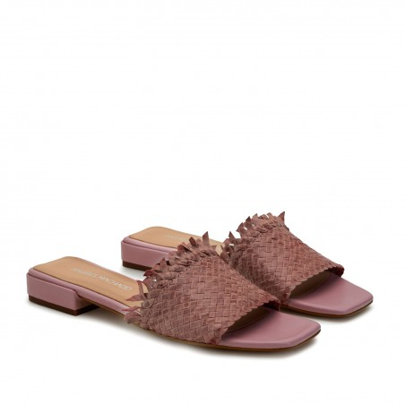 Braided Mules in Pink Leather