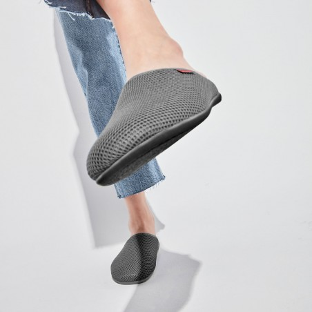 Spring/ Summer Unisex Slippers in Gray mesh with Gray outsole